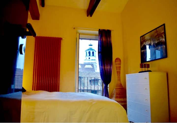 Bright apartment in the historic center