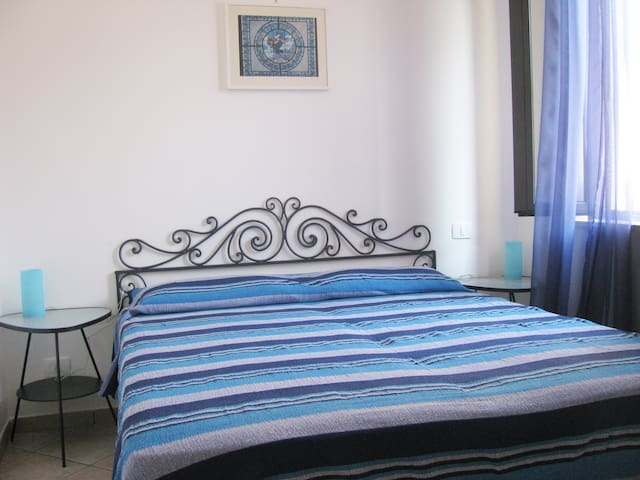 second  bedroom-camera matrimoniale