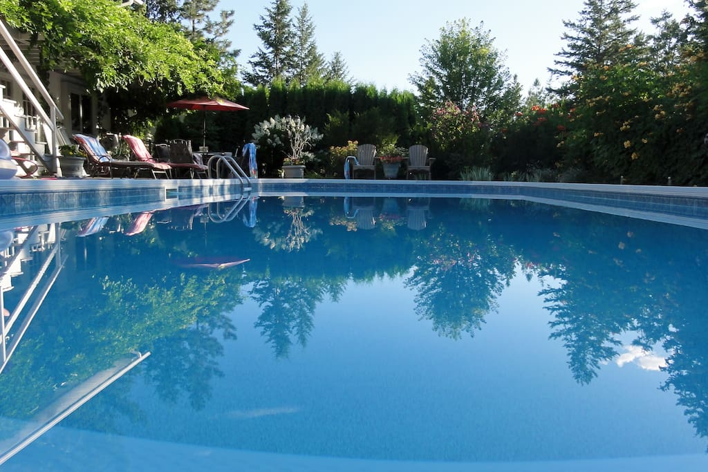 Executive Home With Swimming Pool Houses For Rent In West Kelowna British Columbia Canada