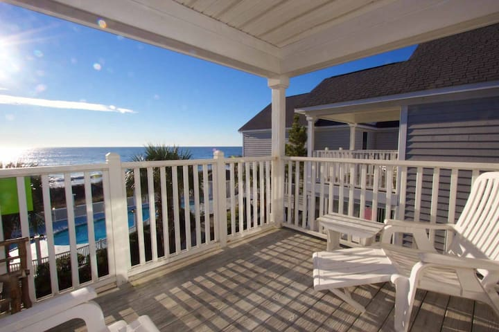 Oceanfront 4 Bedroom Beach House in Portofino I, Heated Pool in the Fall, Small Dogs Considered. - Murrells Inlet