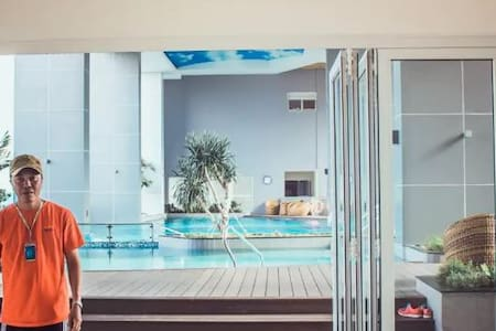 Central 1BR Apt + Great Pool & Gym - Quận 4
