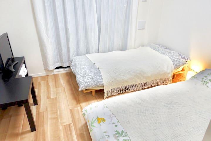Le Lux apartment riverside USJ Namba1