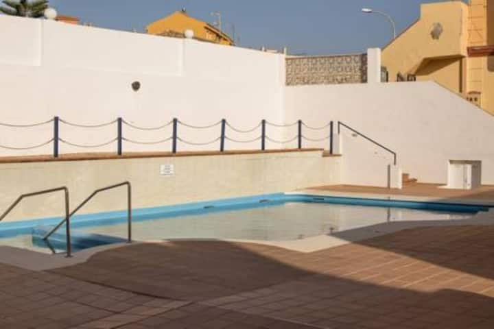 Bonita casa para 6 personas, con piscina.