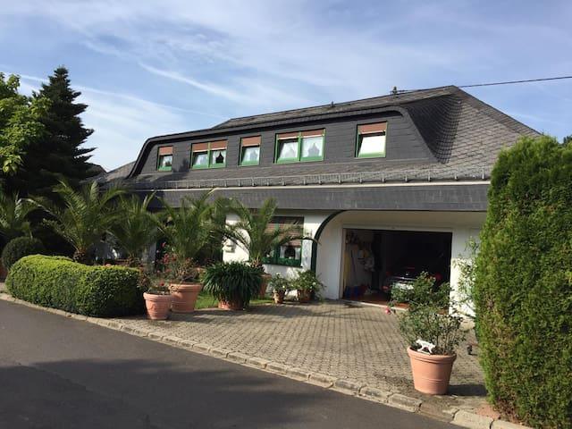Luxuriöses Landhaus im Privatbesitz,