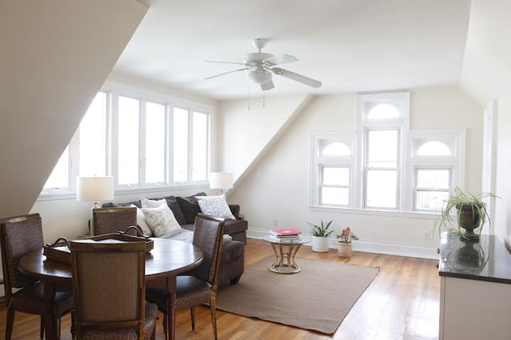 1 Bedroom w/roof deck & minutes to Manhattan - Weehawken - Rumah