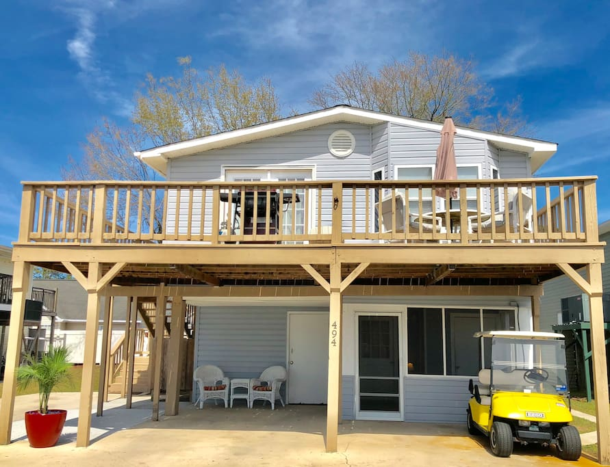spacious multi family beach home with golf cart houses