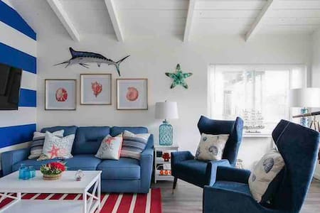 Charming Beach Style home - Steps from the Sand