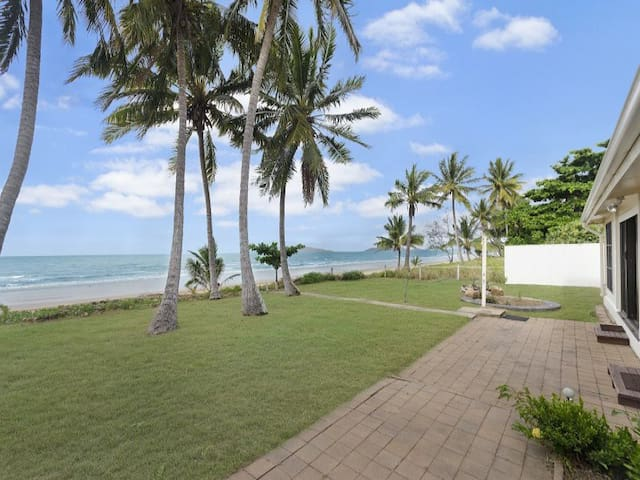 Windward House - Saunders Beach, Townsville - Dom