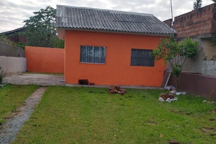 Casa em ilha Comprida a 500 m da praia e centro