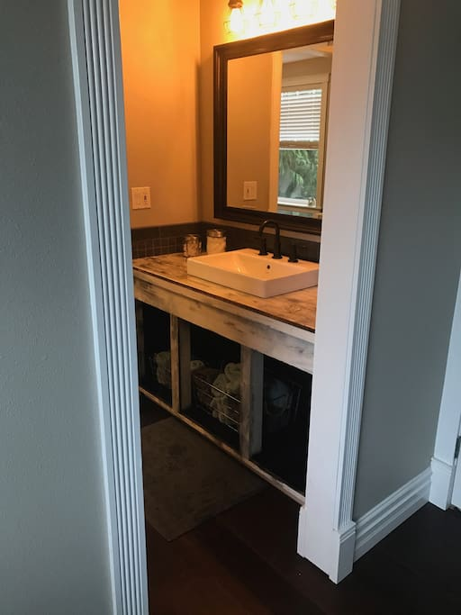 Newly remodeled bathroom w first aid kit, make-up remover and more