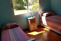 Cuarto con 3 camas 1 plaza