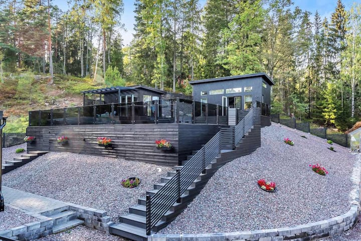 Newly built Luxurious Guest house