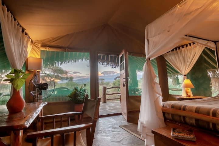 Kibo Safari Camp, Amboseli, Kenya