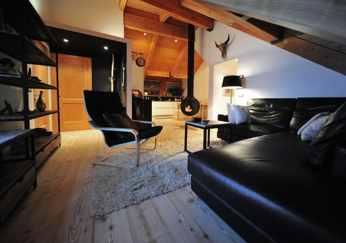 Private ROOM in a shared WARM & COZY appartment - Pinzolo - Apartment