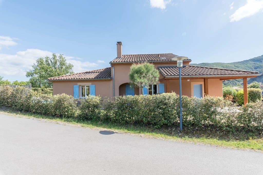 Villa Agape - Amadorevillas