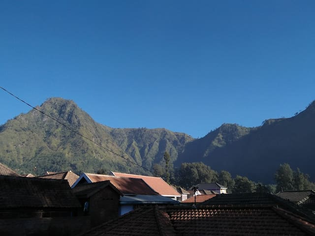 Homestay  Wonotoro Asri 2 Bromo Clean and Cheap