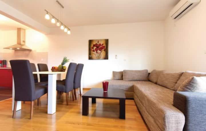 Apartment with pool - MILAN