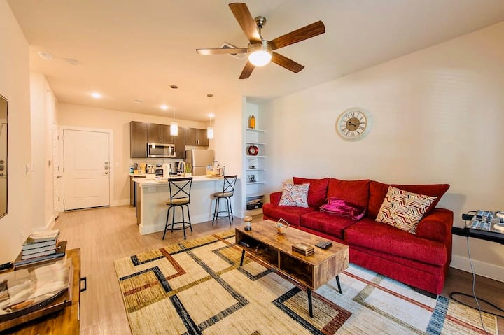 Sophisticated & Ultra Modern APT- ~5ml Frm DT&AIRP
