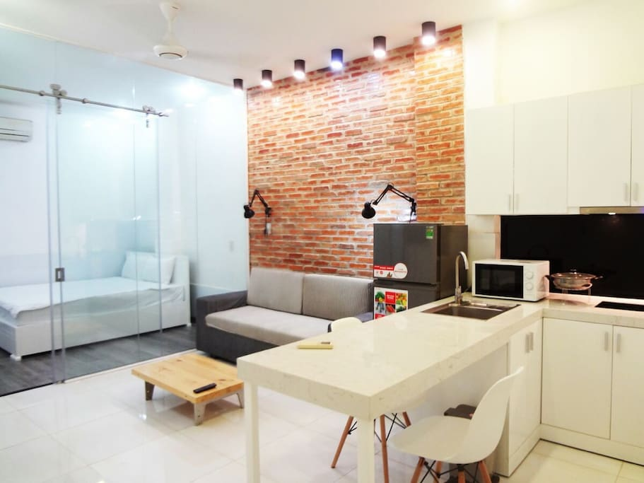 Stunning Hotel Apartment located right in Downtown of Saigon