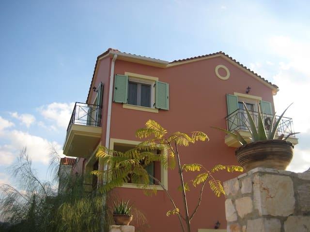 Doriza residence 3 bedroom villa - Karavomylos