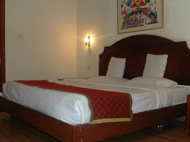 Hotel York  Connaught Place