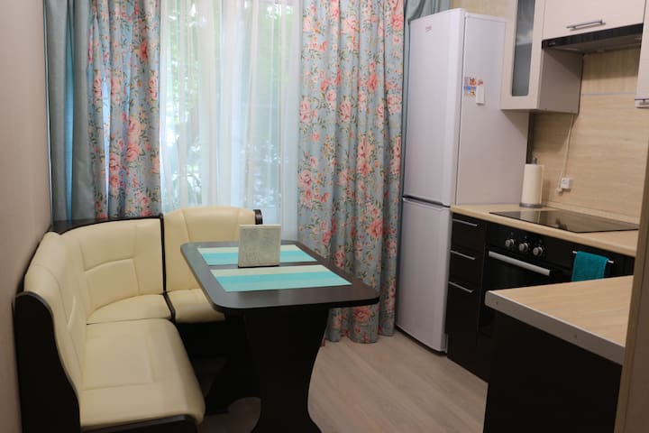 Light and comfortable apartment, near city center!