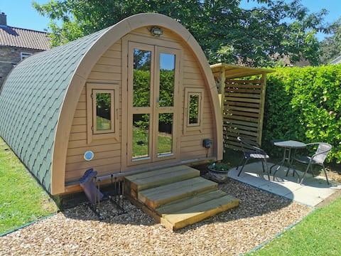 The Chestnuts Pod with private garden.