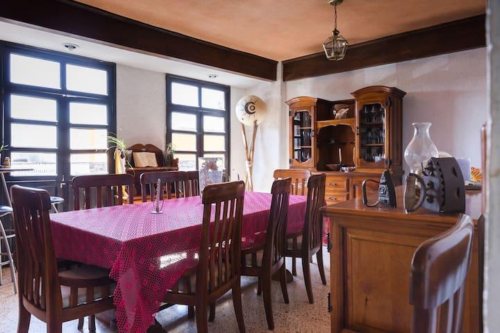 CÓMODA HABITACIÓN PARA 4 PERSONAS - Teotihuacán de Arista - Дом