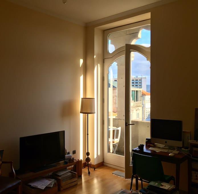 La luz y la altura del edificio te permitirá disfrutar de mañanas llenas de tranquilidad.