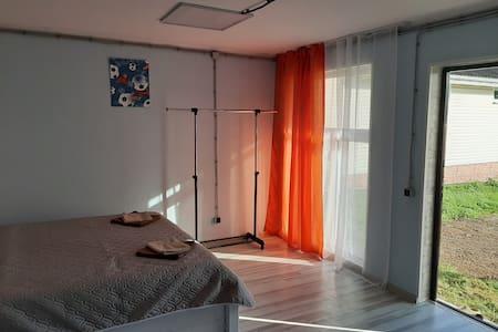 ManageComfort Selvachevo Оранжевый дом
