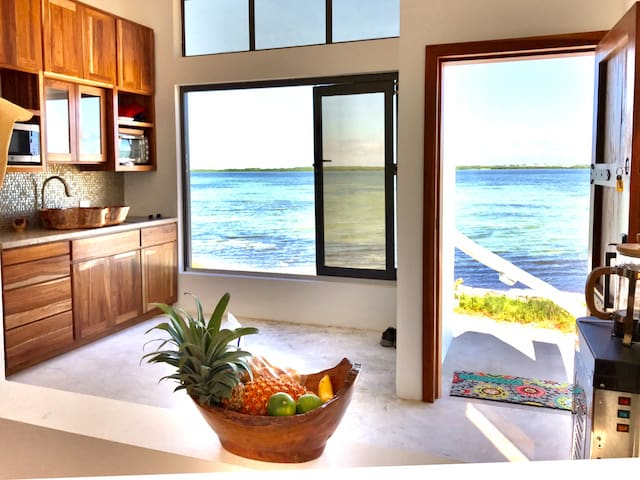 Tiny House Paradise! Caribbean casita.