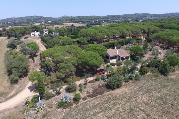 Country cottage in Palafrugell near Beach