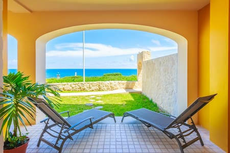 Relax with a view - Isla Mujeres