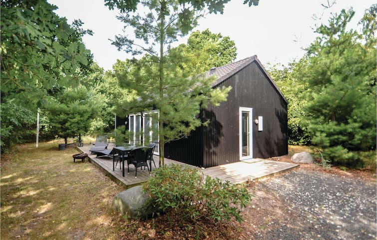 Holiday cottage with 3 bedrooms on 57m² in Glesborg