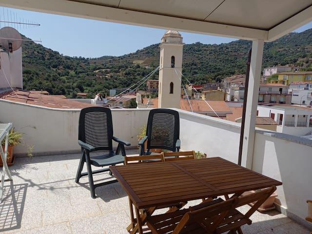 Appartamento con vista vicino al mare, Loceri