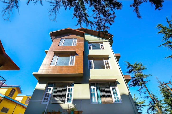 Luxurious 3 BHK Home | Shimla