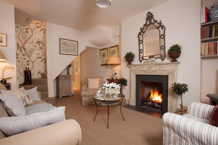 New Church Cottage, Tetbury, Cotswolds