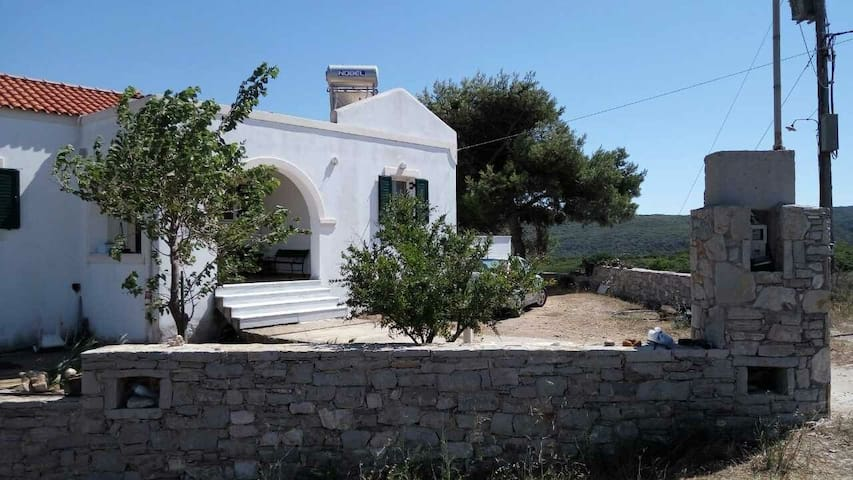 Apartment in Kythera, Διαμέρισμα στα Κύθηρα