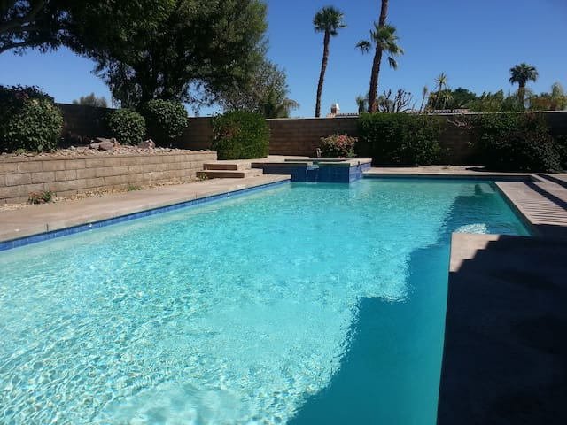 Pool home next to the Indian Wells Tennis Garden - Indian Wells - Dom
