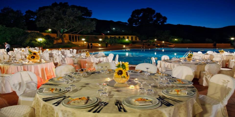The resort offers two swimming pool where you can also enjoy a romantic dinner.