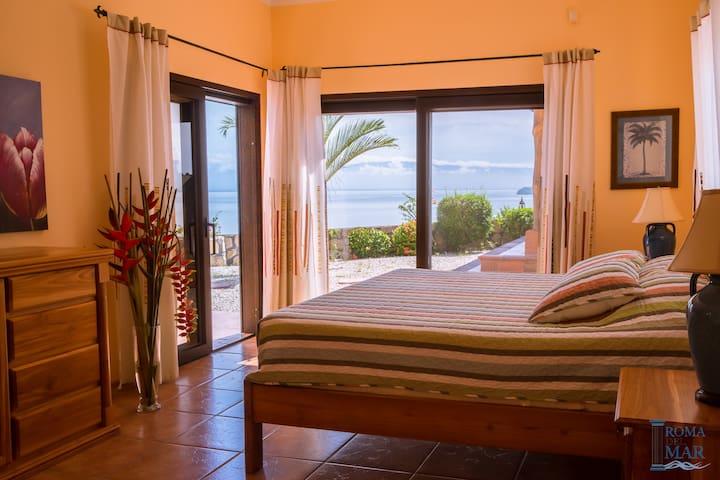Villa Bhalla Nivas, Pool & Oceanview, Costa Rica