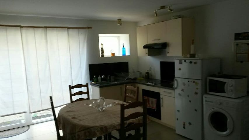 Appartement au coeur du village - Dompierre-sur-Mer - Apartment