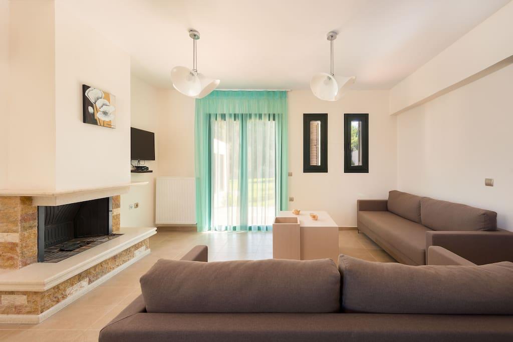 Seven springs artemis villa case in affitto a rodi egeo for Piani casa in stile artigiano 4 camere da letto