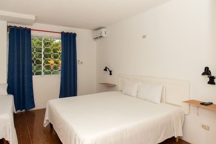 Private Room in the center of Montego Bay