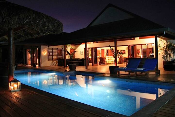 Sea Winds Luxury Villa, Coral Coast Fiji - Sigatoka - Villa