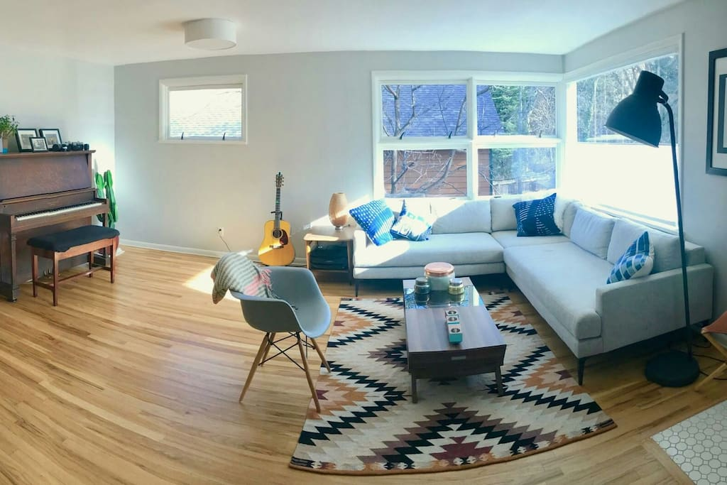 Living room, great place to hang out.
