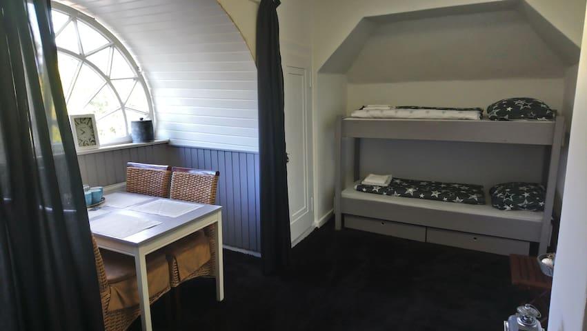 stapelbed kamer voor 4 personen
