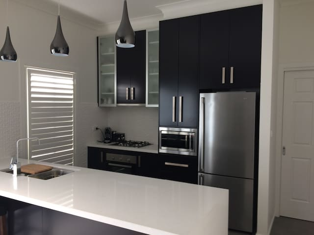 Chic 2 Bedroom Keilor