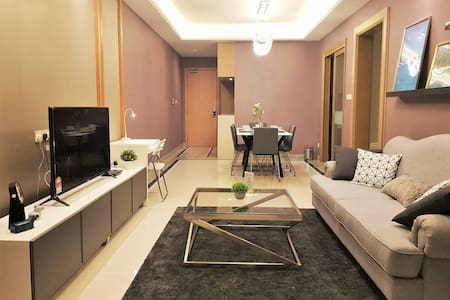 2 Bedroom Suite @R&F Princess Cove【8 Min Walk CIQ】