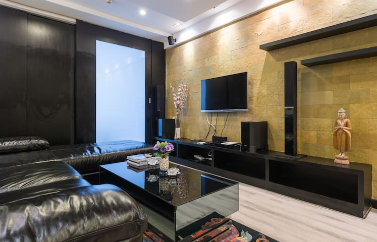 49th, State Tower, Silom, Bangkok, - Bangkok - Condominium